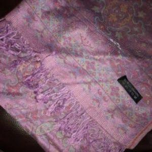 Soft warm 100% Cashmere Wrap